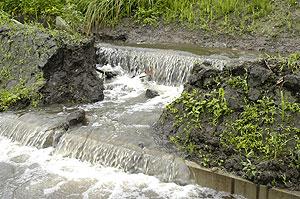 河川決壊.jpg